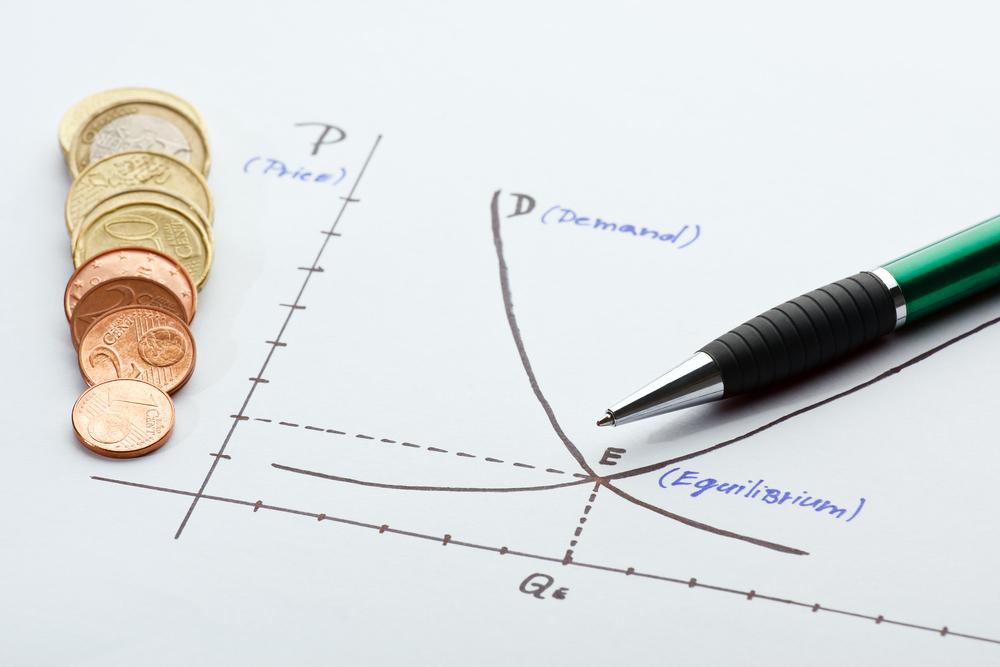 Az ingatlanok piaci árát a kereslet és kínálat találkozási pontja alakítja